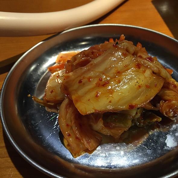 キムチ @ 三ツ沢 ホルモン食堂