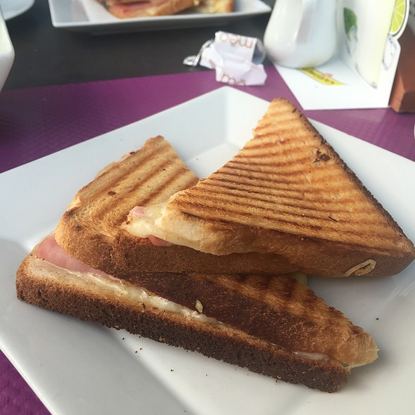 Ham & Cheese Toasty
