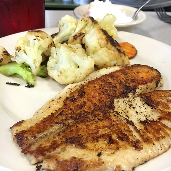 Tilapia, Grilled Veggies, & Cottage Cheese @ Downtowner