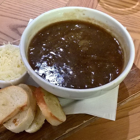 Soupe à l'oignon @ Café Rouge