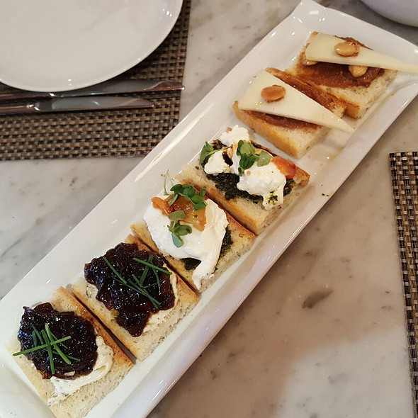 Crostinis - FIG & OLIVE Uptown, New York, NY