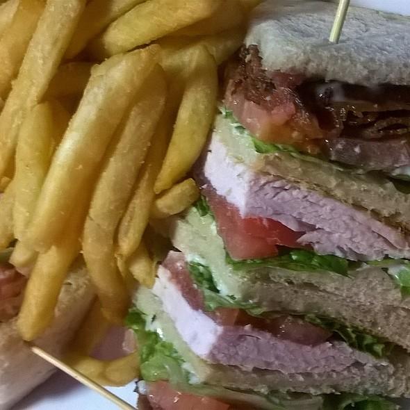 Club Sandwich @ Peppermill Restaurant