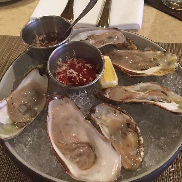 A Slection Of Oysters @ Sweet Basil