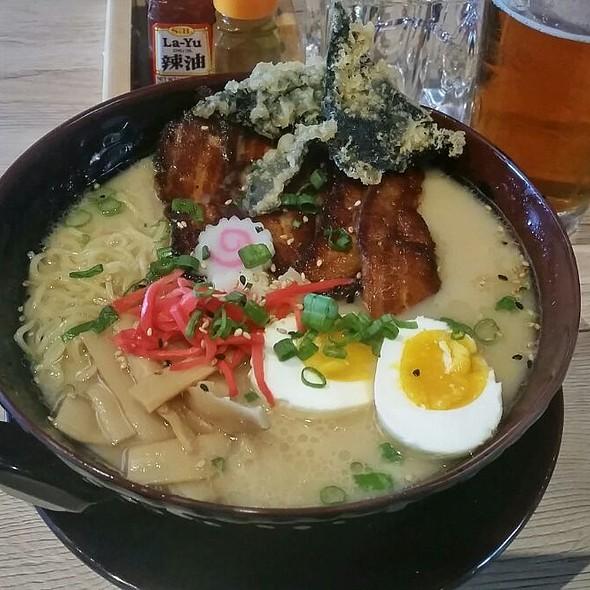 Tonkotsu Ramen w/ Pork Belly @ Karma