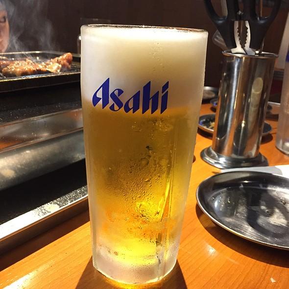 生ビール @ 三ツ沢 ホルモン食堂