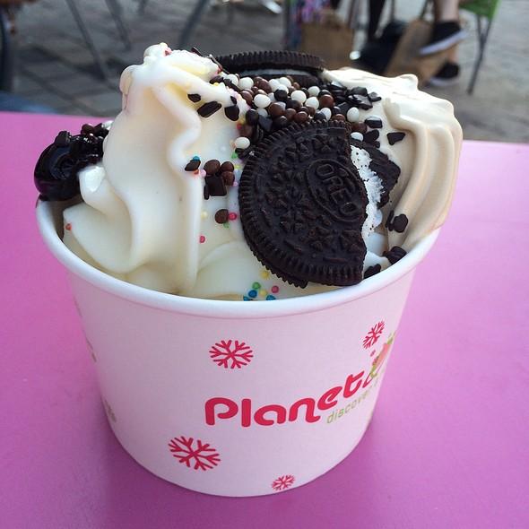 Frozen Yogurt @ Planet Yogurt