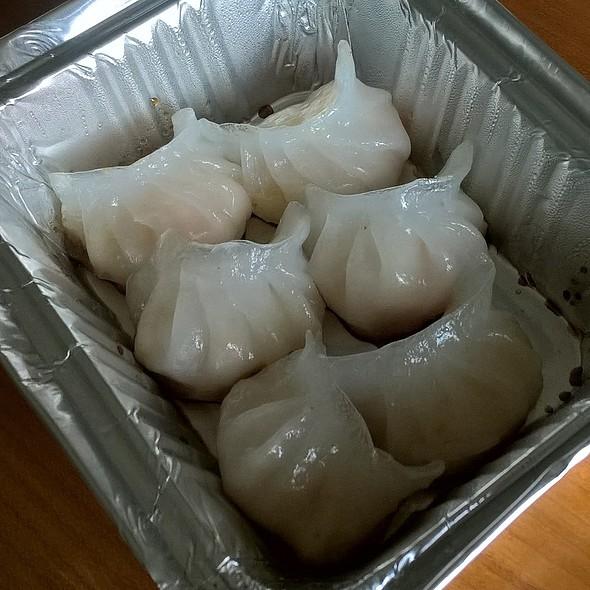 Prawn Dumplings @ Garlok Garden
