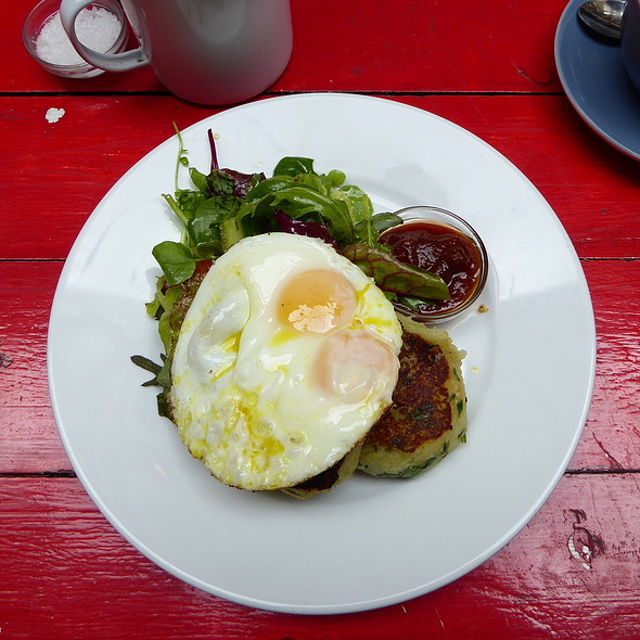 Boxty and fried egg