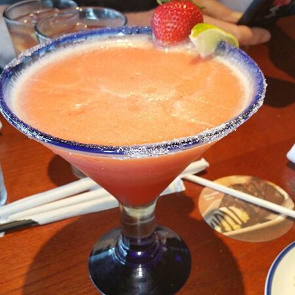 Strawberry Lobsterita @ Red Lobster