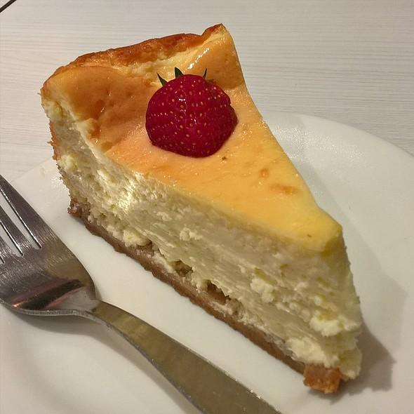 Baked Cheesecake @ Muffin Break