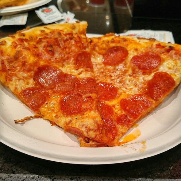 Pepperoni Pizza @ Pizzaria Francesco's