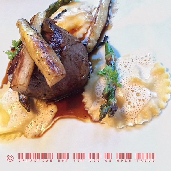 Beef Filet, Potato-Asparagus Ravioli @ Michael´s Leitenberg