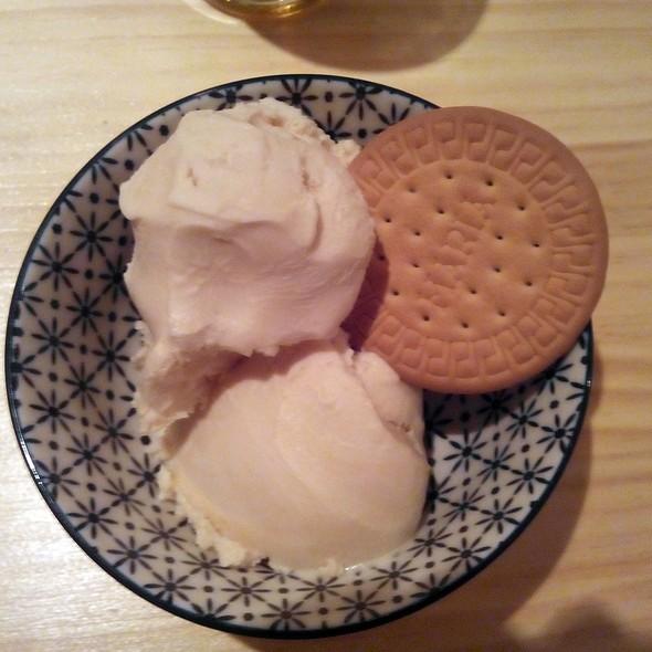 Marie biscuit ice cream @ Mi kitxen