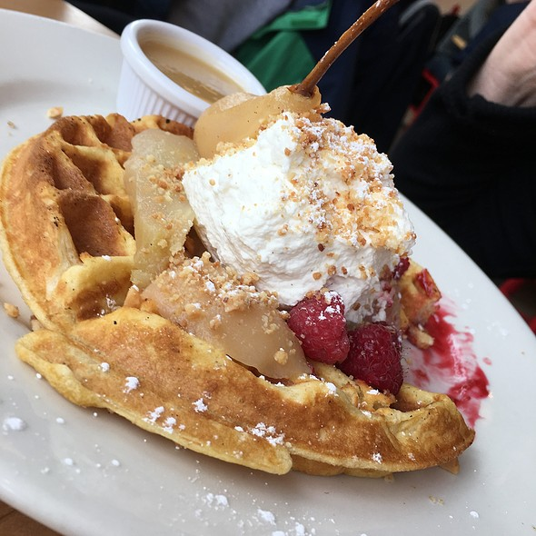 Belgian Waffle with roasted pears and berries