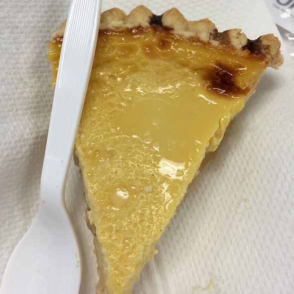Apple Custard Pie @ Deluxe Pastry Shop