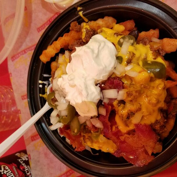 Lucky's Loaded Fries