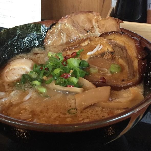 Garlic Shoyu Tonkotsu Ramen @ Kukai Ramen