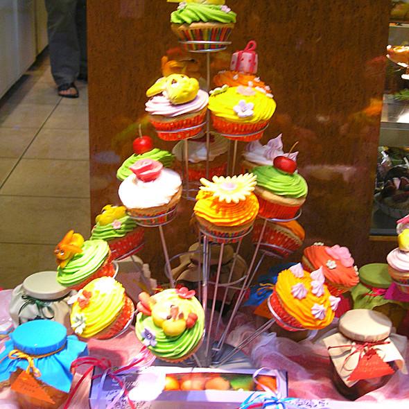 Assorted cupcakes @ Despina