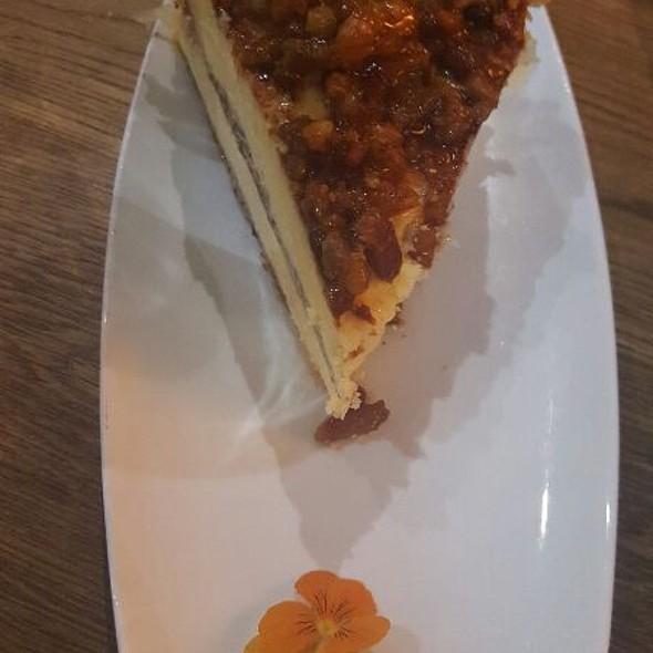 Baklava Cheesecake  @ Mythos