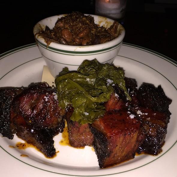 Burnt ends @ Smokehouse Tavern
