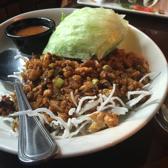 Lettuce wraps @ P.F. Chang's: The Waterfront