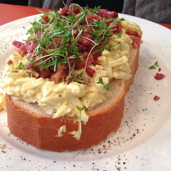Boterham Eiersalade Gebakken Spekjes @ Lunchroom Lente