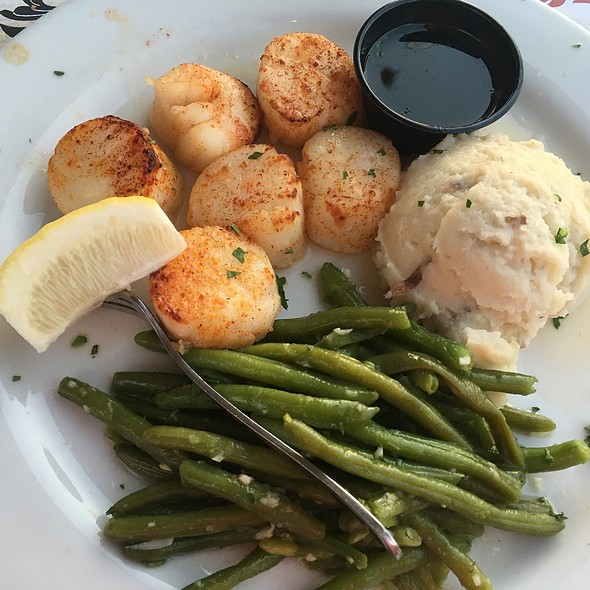 Broiled Scallops - Carlucci's Waterfront, Mount Laurel, NJ