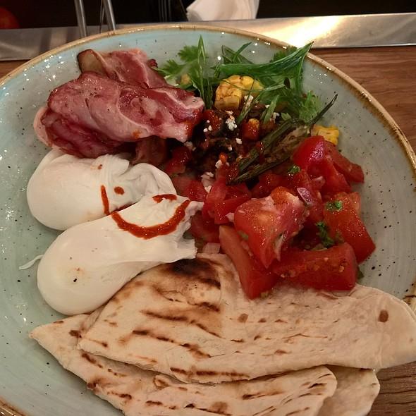 Egg Tacos @ Common Grounds Dubai