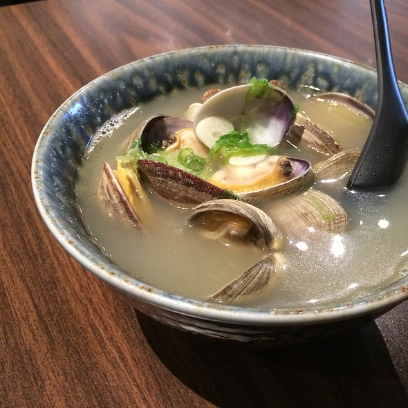 Clams In Sake Broth