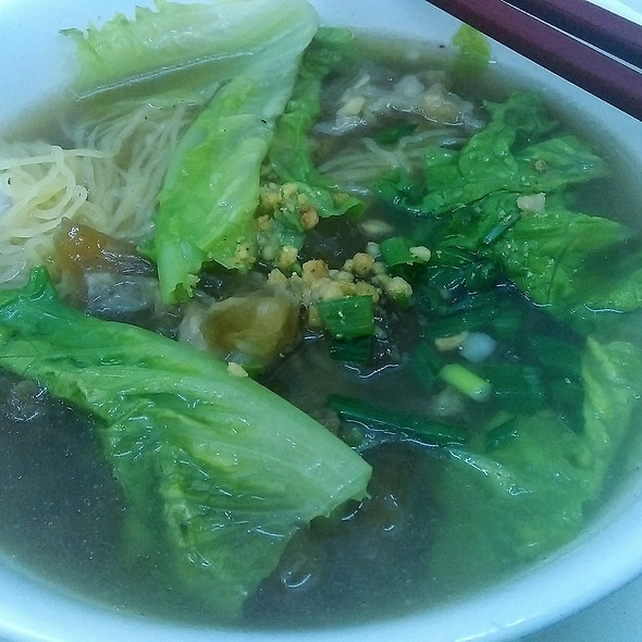 Beef tendon noodles 牛筋麵 @ 鴻興麵家