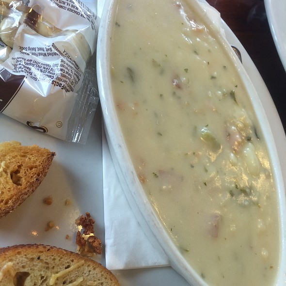 Clam Chowder @ Whale City