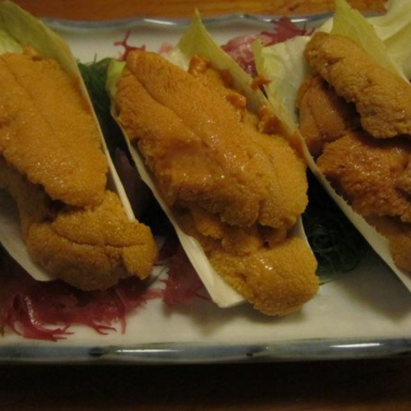 Uni @ Tomoe Sushi