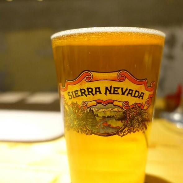 Sierra Nevada Hop Hunter IPA @ THRASHZONE MEATBALLS