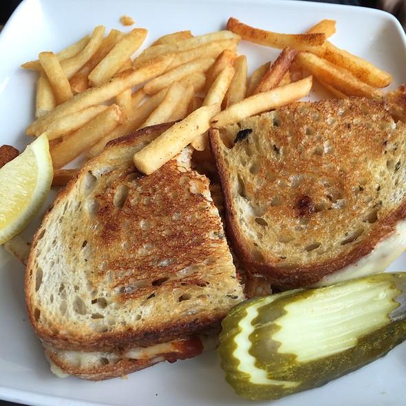 Dungeness Crab Melt Sandwich