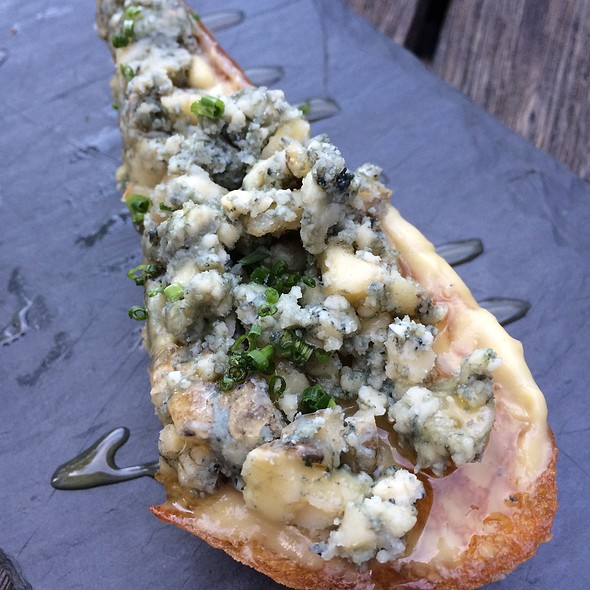 Berkshire Blue Cheese Toast - Hops and Vines, Williamstown, MA