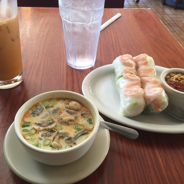 Thai Coconut Curry Soup @ Thai Diner