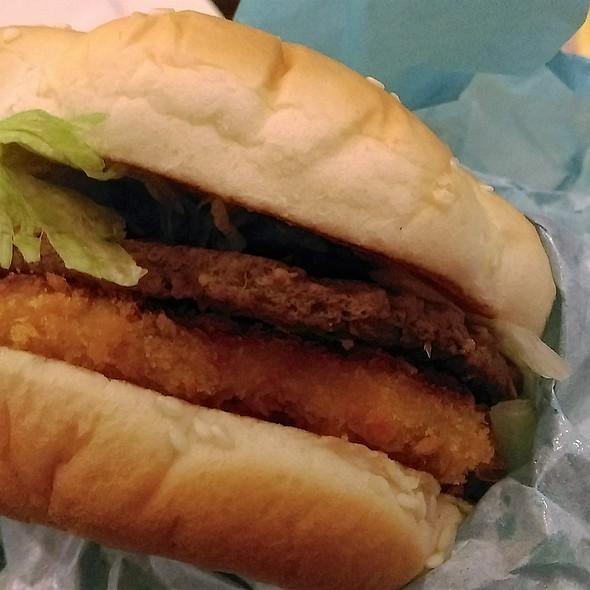北海道三文魚•牛堡 Hokkaido Salmon & Beef Burger @ McDonald's