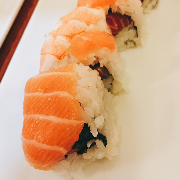 Rainbow Maki @ Sakura Sushi Restaurant