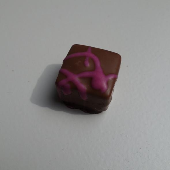 Cranberry Crispy @ Pralinenclub GmbH