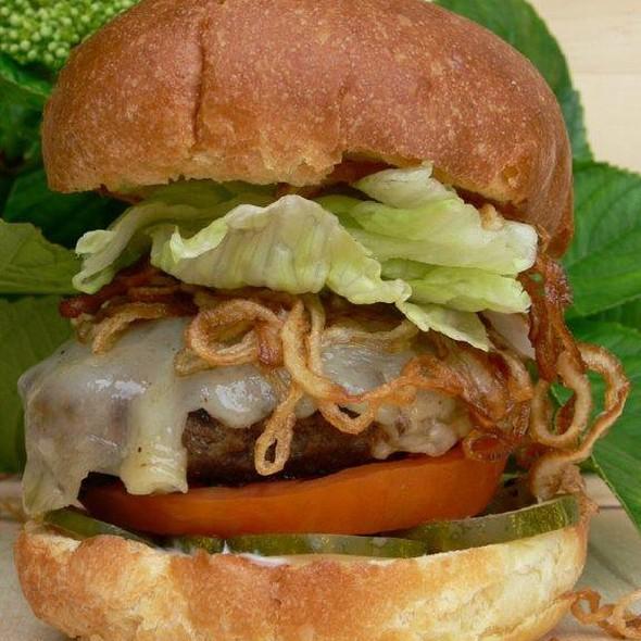 The Qw Burger - The Quiet Woman, Corona Del Mar, CA