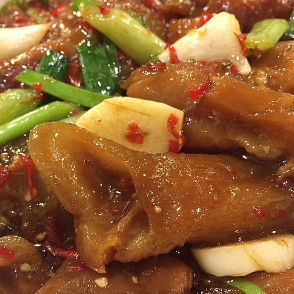 Spicy Beef Tendon @ 鼎珍坊