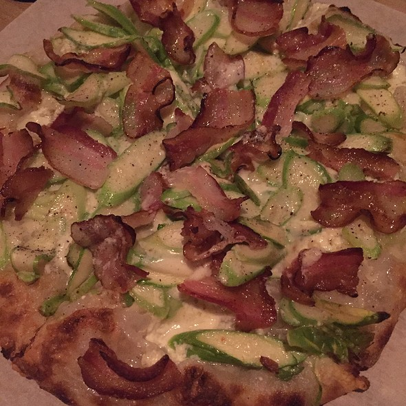 Asparagus And Bacon Pizza @ Mercato by Jean Georges