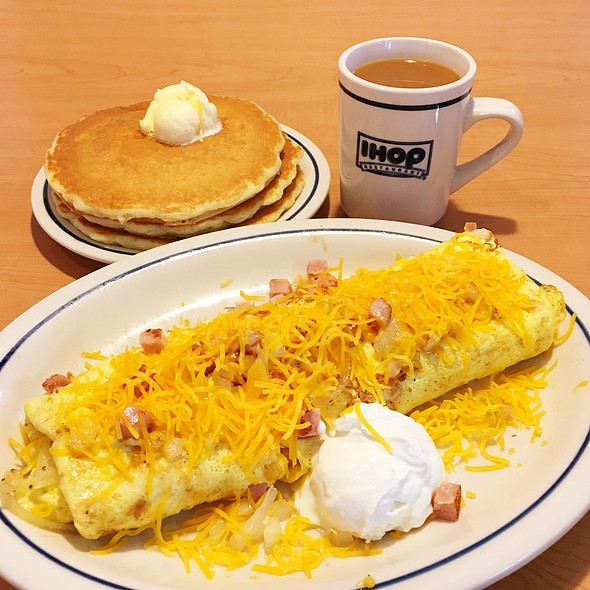 Country Omelette @ IHOP Restaurant