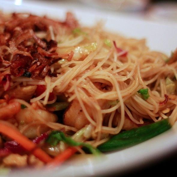 Singapore Street Noodles @ P.F. Chang's