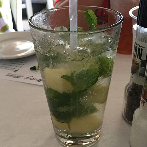 guava mojito @ Great Southern Cafe