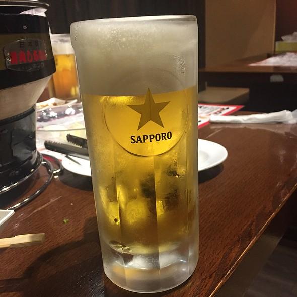 生ビール @ ホルモン焼肉  まるしょう