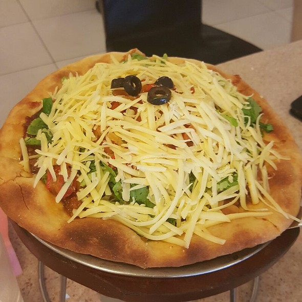 Taco Pizza @ The French Baker
