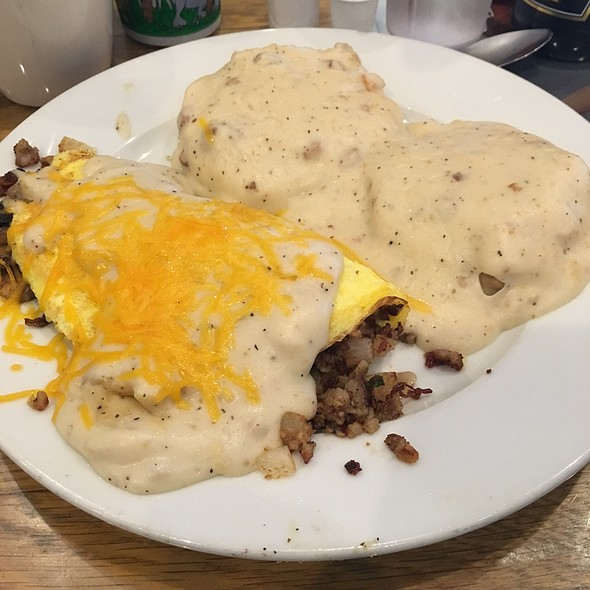 Country Omelette @ The Airport Diner