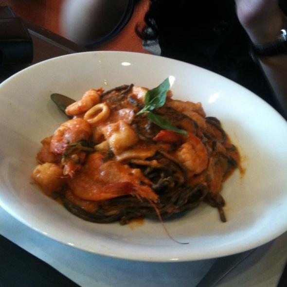 Black Ink Spaghetti In Seafood Marinara @ Va Bene Pasta Deli