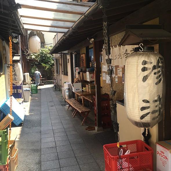Storefront @ 炭火焼湯浅